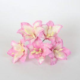 Лилии Розово-белые