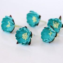 Бумажные цветы шиповник Темнобюрюзовые